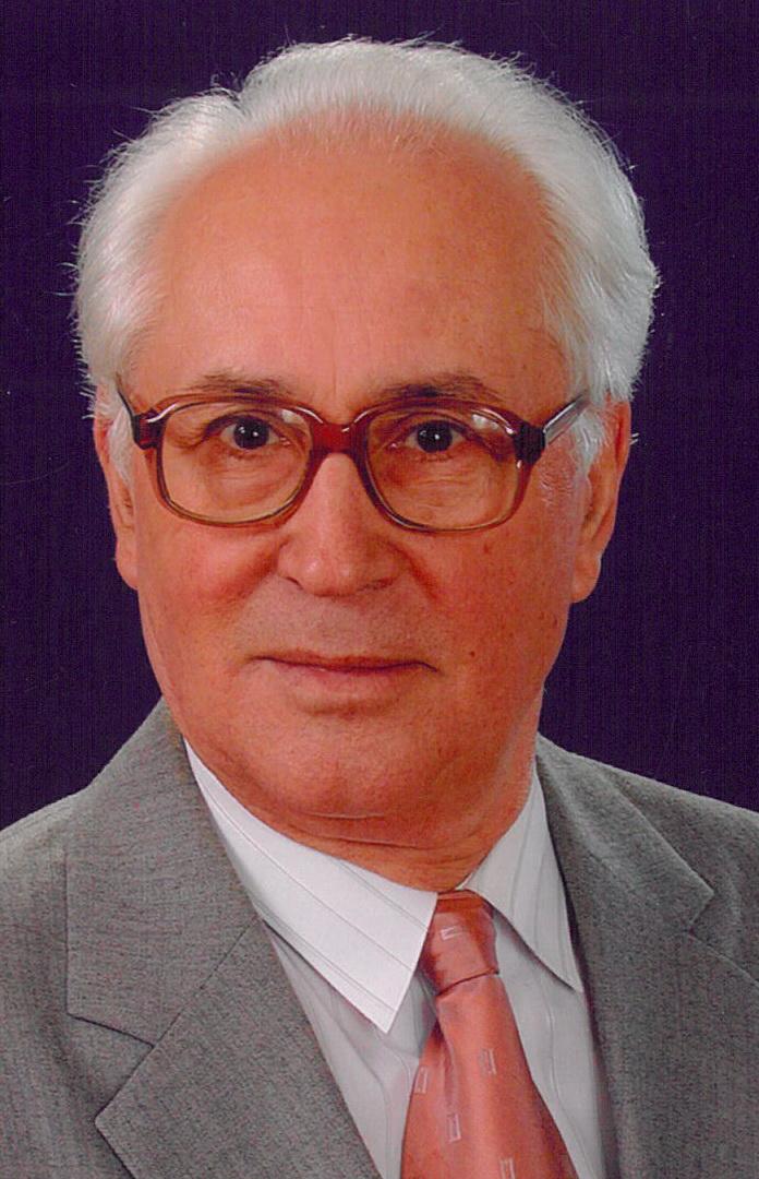 In memoriam Iuliu Pârvu